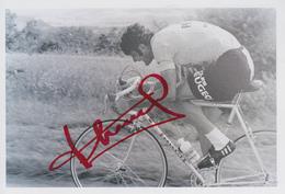 Carte  Photo  Dédicacée   CYCLISME   Bernard  THEVENET - Cycling
