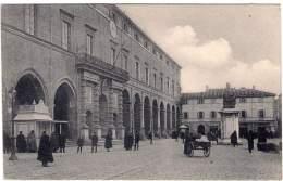 1910ca.- Rimini Piazza Cavour Cartolina Animata Non Spedita - Rimini