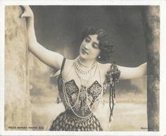Rotary Photo E.C. (Reutlinger) - Portrait De La Belle Otéro Avec Ses Colliers - Carte N° 6859 (Midget Post Card) - Chanteurs & Musiciens