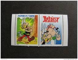 TB N° 3225b ( Avec Vignette) , Timbre De Carnet, Dentelé 13,5 X 13, Neuf XX. - France