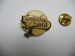Beau Pin's , Disney , Fantasy Land , Pointe Recollée - Disney