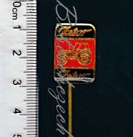 1-203 CZECHOSLOVAKIA Old Pin  Enamel Zetor Brno - Tractor Company Manufactures Farming Tractors And Tractor Components - Transport Und Verkehr