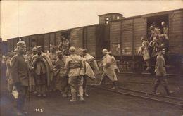 Allemagne, Cassel, Arrivee De Prisonniers Français, Photo Strauss Cassel    (bon Etat)  Carte Photo. - War 1914-18