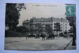 CPA 93 SEINE SAINT DENIS PANTIN. La Place De L Hôtel De Ville. - Pantin