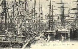 MARSEILLE  Voiliers Dans Le Vieux Port  Precurseur RV - Puerto Viejo (Vieux-Port), Saint Victor, Le Panier