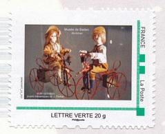 CYCLISTES - Timbre Adhésif - Automate - Jouet Mécanique De Jean Farkas + 1 Carte Postale Automate Cycliste - France