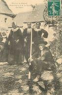 C-18-1874 : ENVIRONS DE CALLAC. PROCESSION NOTRE DAME DE PENETY. UN PELERIN - Non Classés