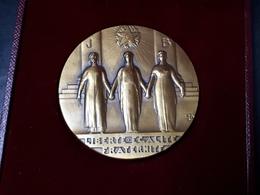 MÉDAILLE MAÇONNIQUE EN BRONZE - Freemasonry