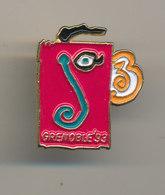 GRENOBLE 93 - Pin's