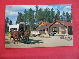 Rock Land Between Deadwood & Hill City  Ride  Prairie Schooner   South Dakota   Ref 2913 - Etats-Unis