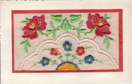 Brodée : ( Avec Fleurs ) - Embroidered