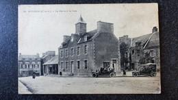 CPA 22 Cotes D'Armor MATIGNON La Mairie Et La Halle  Animée Véhicules Ecrite - Otros Municipios