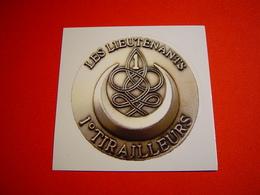 AUTOCOLLANT / 1ER REGIMENT DE TIRAILLEURS / LES LIEUTENANTS - Unclassified