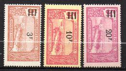 5/ Guadeloupe N° 96 à 982 Neuf  X MH  Cote : 33,80 € - Neufs