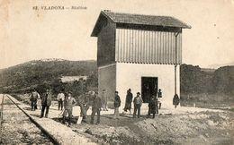 CPA VLADONA. La Station, Voie Ferrée. Voyageurs En Attente. - Litauen