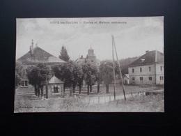 GOUX-LES-USIERS  Ecole Et Maison Commune  1905/20 - France