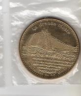 * Médaille  Touristique  Monnaie  De  Paris  2013, La  Grande  Motte  Patrimoine  Du  XX è  Siècle  ( 34 ) - Monnaie De Paris