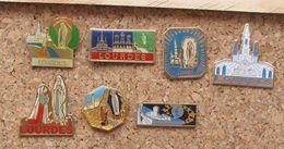 Lot 7 Pin's Catholique église Prière Lourdes - Badges