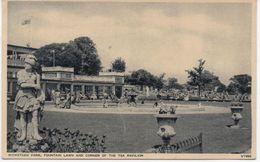WICKSTEED PARK - FOUNTAIN LAWN AND CORNER OF TEA PAVILION - NORTHAMPTONSHIRE - Northamptonshire