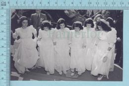 """Les Quintuplées Dionne # 28 - CPM  """" Jumelles Dionne""""  Né En 1934,  Ont, Canada, Reproduction - Femmes Célèbres"""
