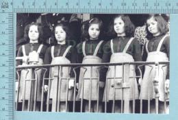 """Les Quintuplées Dionne # 2- CPM   """" Jumelles Dionne""""  Né En 1934, à Un Spectacle,Ont, Canada, Reproduction - Groupes D'enfants & Familles"""