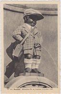 BELGIQUE,BELGIE,BRUXELLES ,1949,manneken-pis ,costume écolier,nain - Belgique
