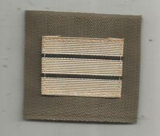 MILITARIA , Grade , Capitaine, Velcro - Uniformes