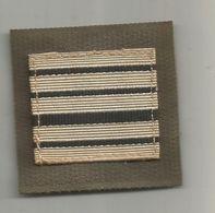 MILITARIA , Grade ,  Colonel, Velcro - Uniformes