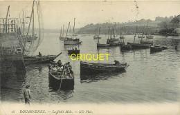 29 Douarnenez, Le Petit Môle, Barque Avec Marins Au 1er Plan...,  Carte Pas Très Courante Affranchie Ambulant 1913 - Douarnenez