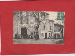CPA 84  VILLEDIEU ROUTE DE ROAIX CAFE BOULANGERIE BELLE ANIMATION - France