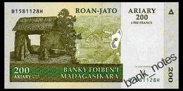 MADAGASCAR 200 ARIARY 2004 Pick 87b Unc - Madagascar