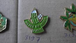 MUSEE EN HERBE PARIS - Badges