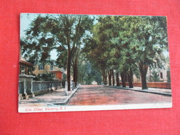 Elm Street  Westerly  Rhode Island >     Ref 2915 - United States
