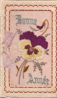 Cartes Brodées  Bonne Année  Réf 4049 - Brodées