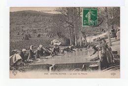 L'Auvergne Pittoresque. Châtel Guyon. Le Lavoir Du Paturel. Avec Lavandière. (2635) - Châtel-Guyon