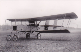 Photo S.A.F.A.R.A. 9 X 14 Cm - Novembre 1913 - Le Biplan VOISIN (le Nez Semble Démonté, Radiateur ???) - N° 579 - Aviation
