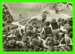 SUÈDE -UPSALA HOGAR OCH G: LA UPSALA KYRKA - FLYGFOTO -  FRIGIVEN AV FORSVARSSTABEN, 1958 - - Suède