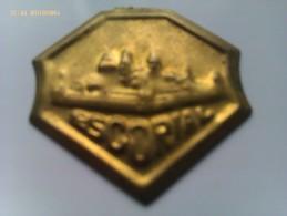 Emblema De Auxilio Social De El Escorial. Felipe II. Madrid. Guerra Civil Española. 1936-1939. Bando Nacional - 1939-45