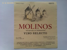 Etiqueta Vino Molinos. Bodegas Félix Solís. D.O. Valdepeñas. Ciudad Real. Castilla La Mancha. España. Años '80 - Vino Tinto