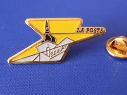 Pin's La Poste PTT - Boulay Moselle - Eglise St Etienne - France Télécom (QC47) - Mail Services