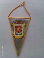Banderín De Zaragoza. Aragón. España. Años '60-'70 - Escudos En Tela