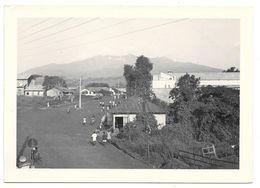 CAMEROUN - N'KONGSEMBA Vue Sur La Ville Prise De La Factorerie SCOA  - Février 1952  -format 13 X 18 - Africa