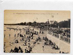 CPA ANDERNOS La Plage Et La Place Terrasse - Andernos-les-Bains