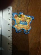 Magnet Shopi  Caddie En Forme De Carte De France - Magnets