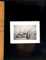Photographie Originale : Bateaux Dans Le Port De GOLFE JUAN  1952 - Ciclismo