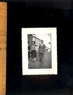 Photographie Originale : Dans Une Rue Du Village De SAINT ST JUST LA PENDUE Loire 1950 - Ciclismo