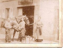 Photo Vieux Métier  Maréchal Ferrand à Situer Réf 4110 - Métiers
