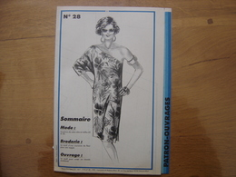 Patron Patroon ROBE Taille 42/46 1985 Femmes D'aujourd'hui 28 MODE Vintage - Patrons