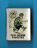 PIN'S //  ** MONS / 92 ** 11ème RONDE PÉDESTRE ** GARD / CÉVENNES ** - Badges