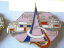 TRAIN PARIS SUD OUEST ROSE Pin's BALLARD - TGV